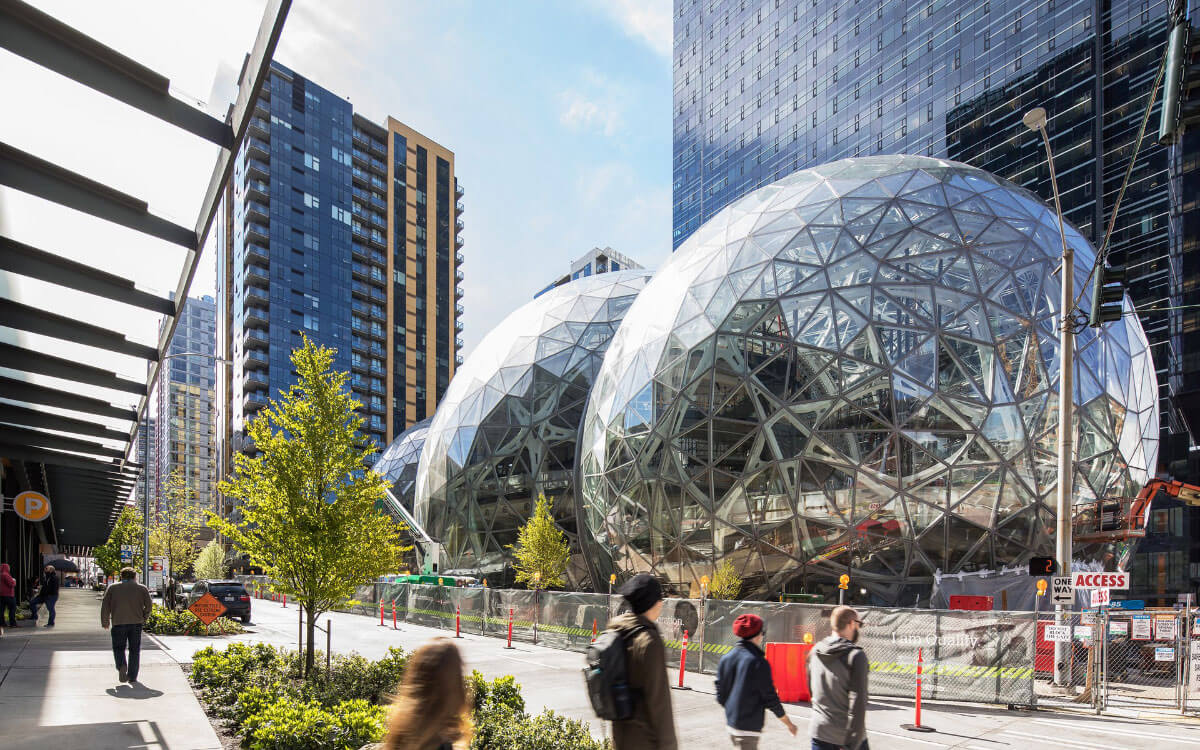 Amazon's Seattle spheres are set for public opening. The three biospheres under construction. (Courtesy NBBJ)