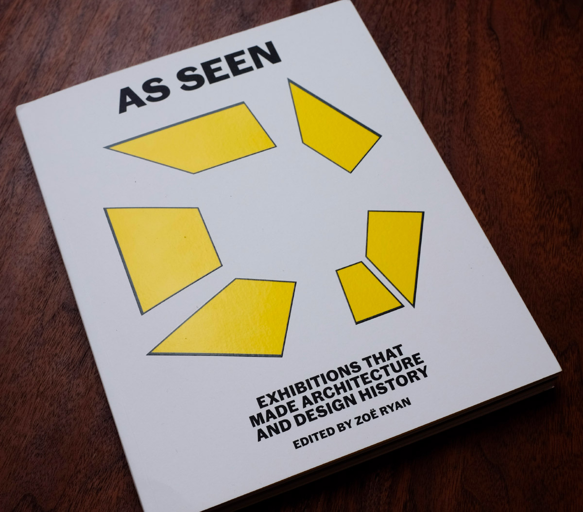 A historical compendium of the art of exhibition-making from a critical and curatorial perspective. (Matthew Messner/AN)