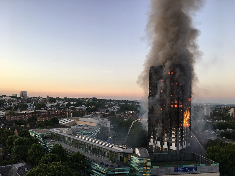 https://commons.wikimedia.org/wiki/File:Grenfell_Tower_fire_(wider_view).jpg