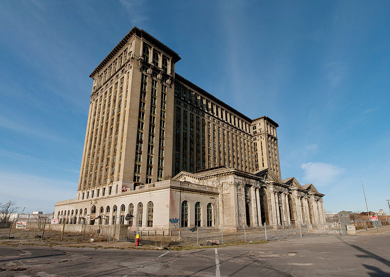 https://commons.wikimedia.org/wiki/File:Michigan_Central_Train_Station_Exterior_2009.jpg