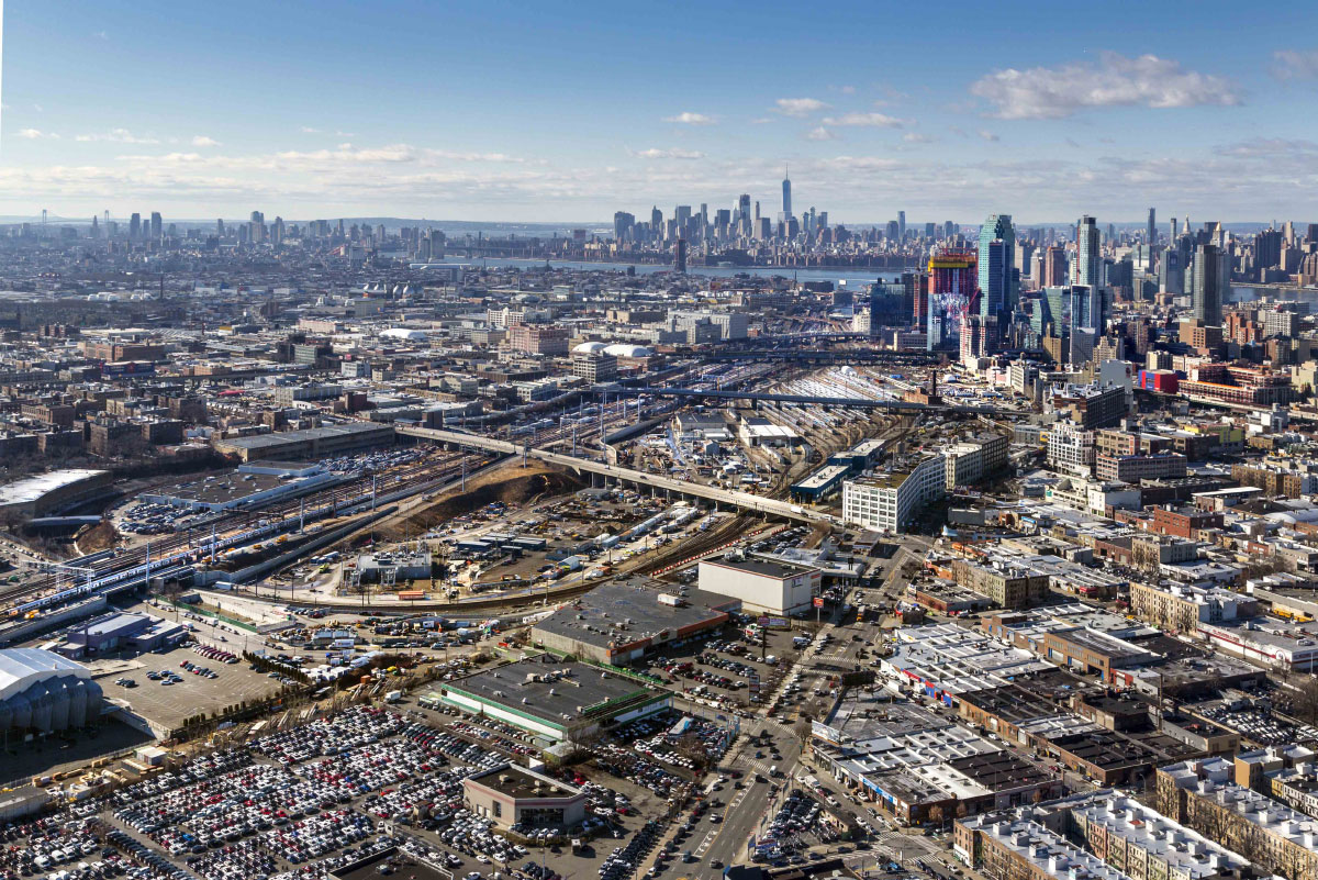 Aerial view of Sunnyside Yard. (Courtesy New York City Economic Development Corporation)
