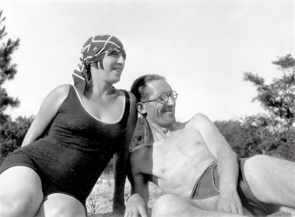 Photo of Le Corbusier and Yvonne Gallis