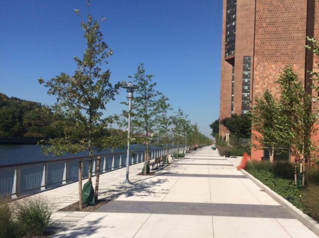 A photo of Roberto Clemente State Park Esplanade.