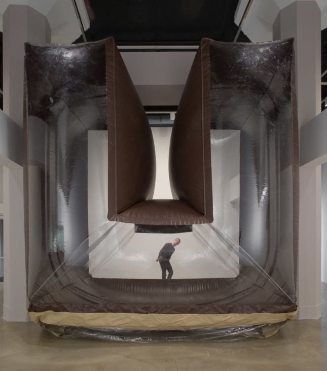 Participants can pass through Schweder's Snowballing Doorway, an archway that forms and disappears. As air is pushed back and forth, one side inflates and the other collapses.