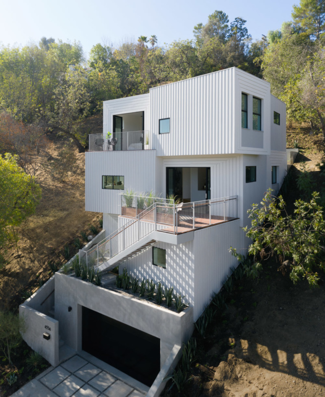 FreelandBuck's StackHouse uses custom board-and-batten siding and a compartmentalized floor plan to explore new terrain in the speculative housing market in Los Angeles.