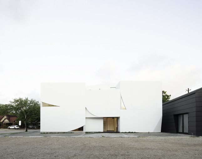 Building of the Year: Transart Foundation (Naho Kubota)