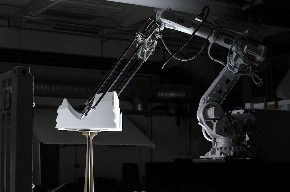 Concrete formwork created by an advanced robotic arm