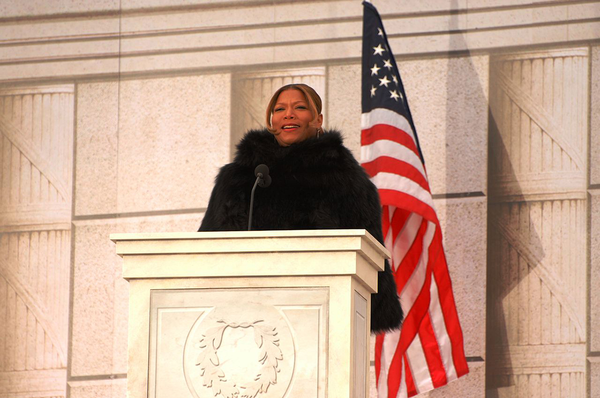 Queen Latifah speaking at the inauguration of Barack Obama in 2009
