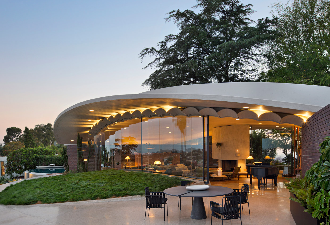 Photo of a glass-walled round house