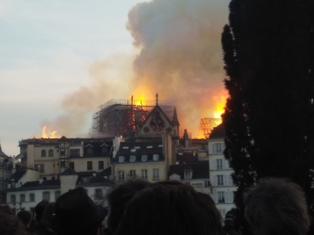 Photo of the Notre Dame Cathedral on fire