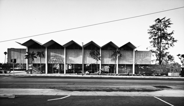 Black and white photo of modernist building