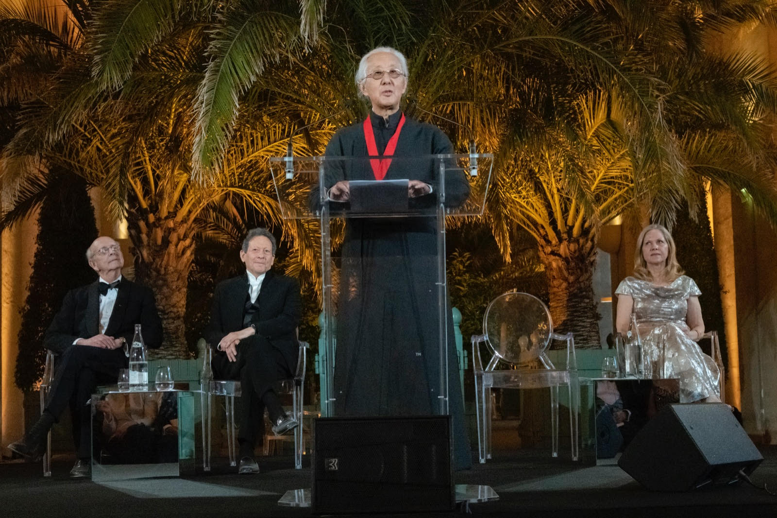 Photo of Arata Isozaki speaking at the 2019 Pritzker Prize ceremony at Versailles