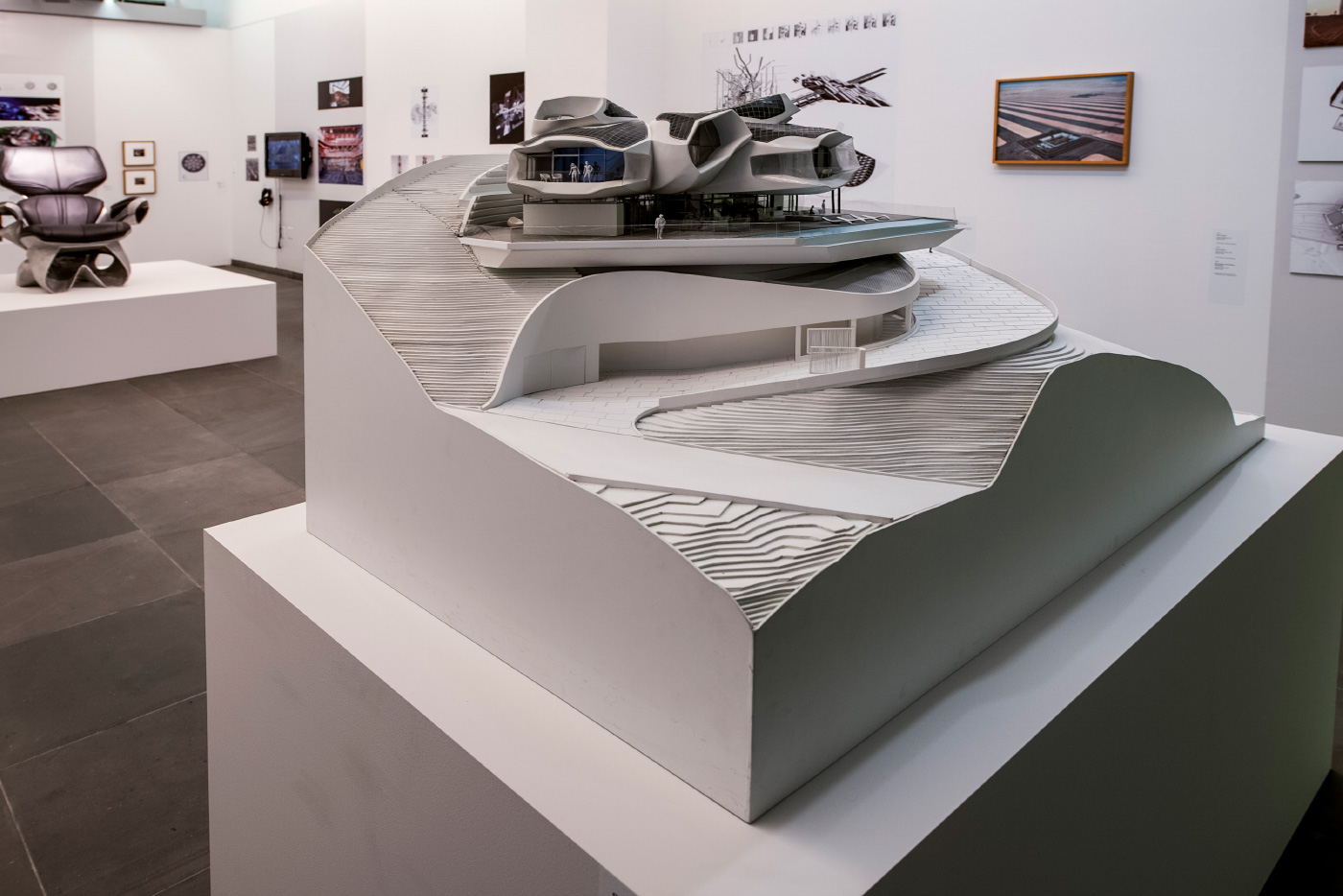 Model view of a multifaceted home on an elevated slope model