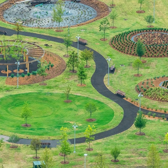 Close-up photo of circular island lawns in Scissortail Park