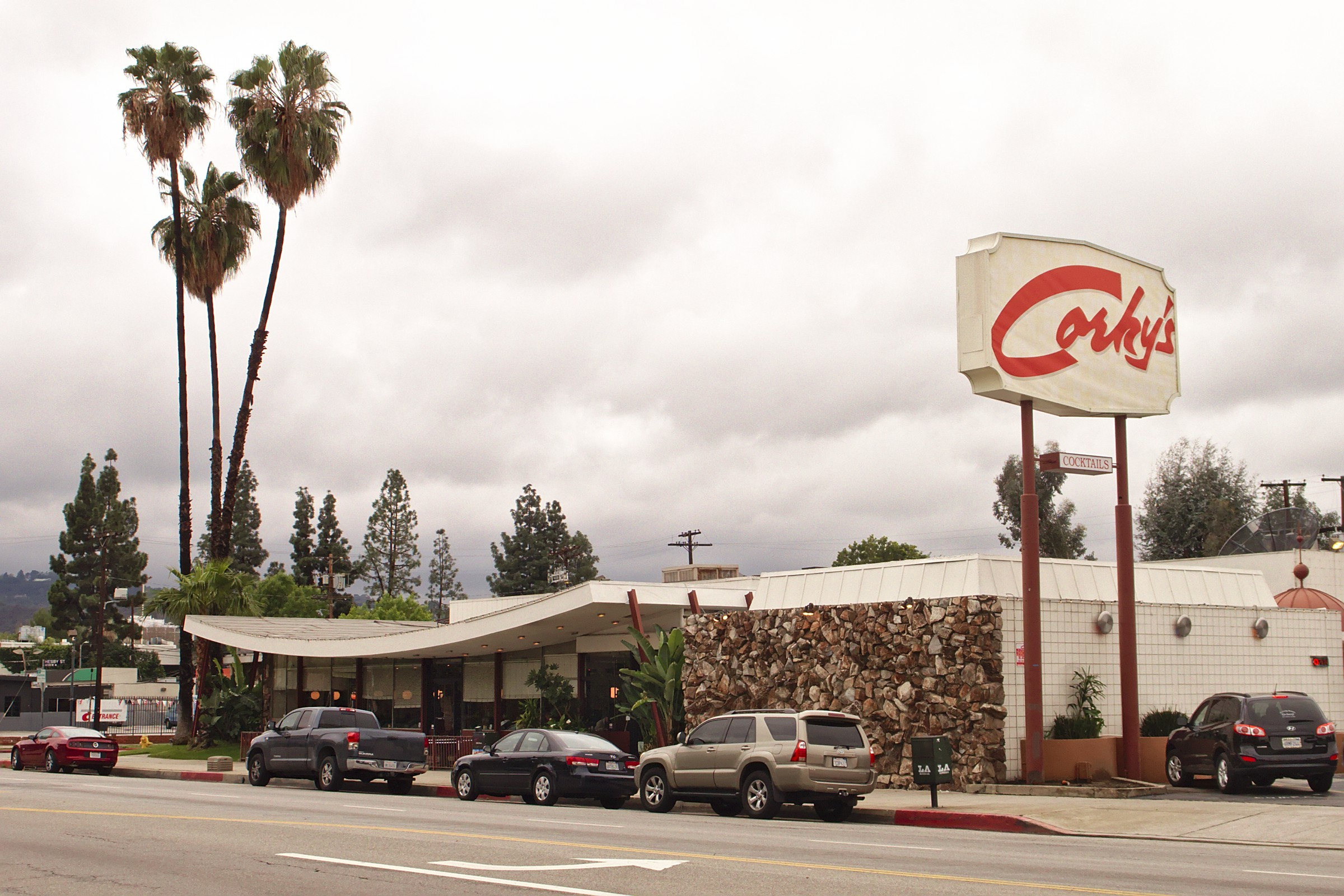 2014 photo of Corky's a low-slung Googie-style restaurant