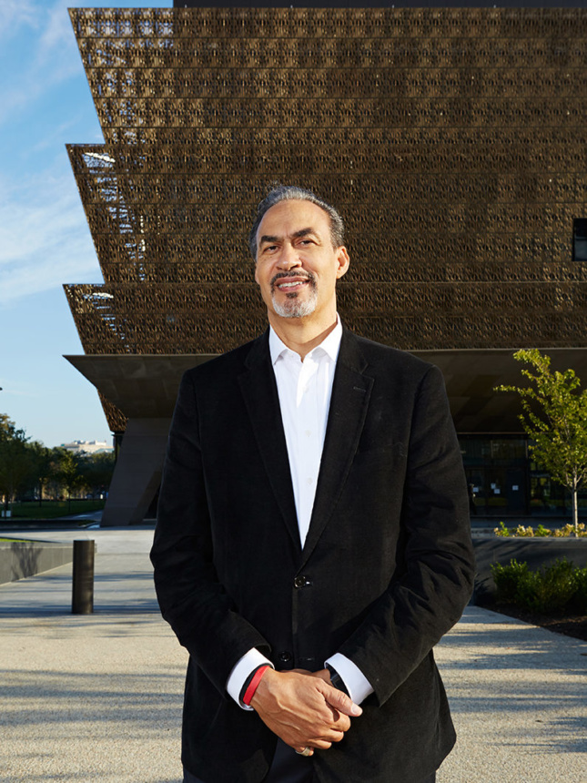 Image of Phil Freelon in front of National Museum of African American History and Culture