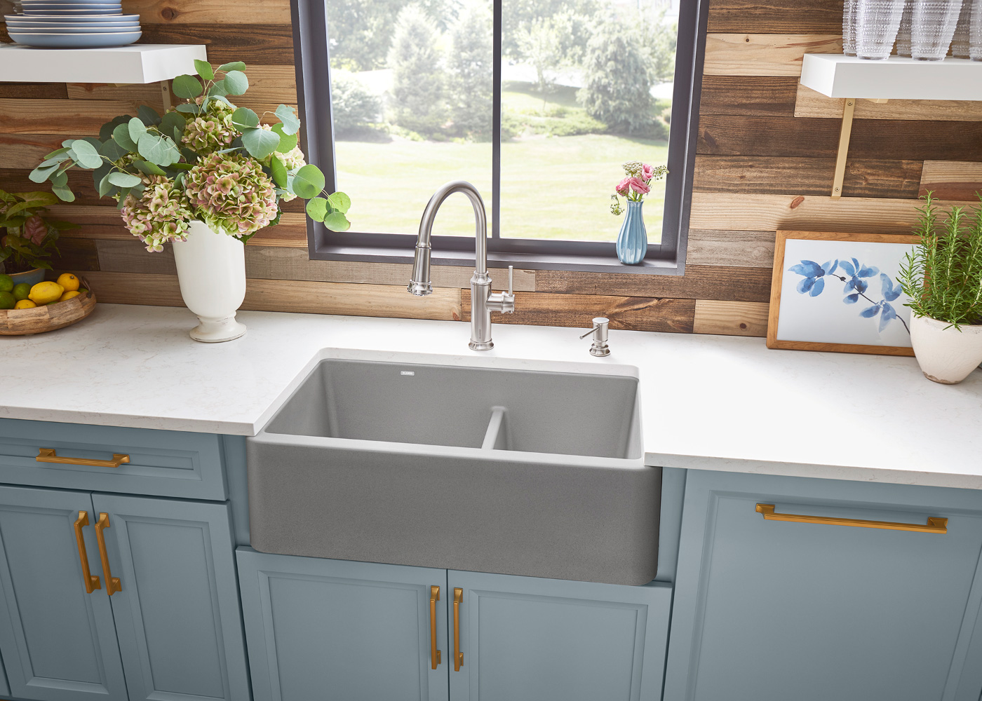 Interior photo of a BLANCO kitchen with neutral sink