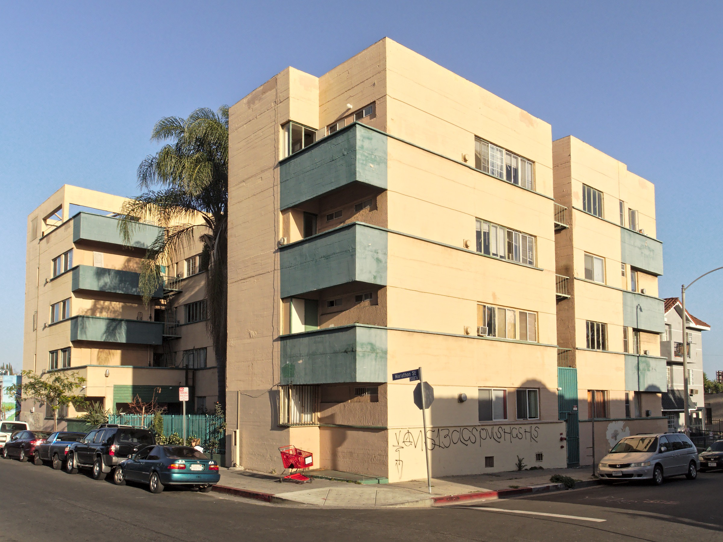 A Richard Neutra-designed apartment block