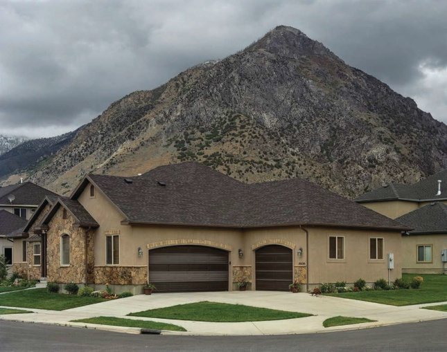 House in front of mountain