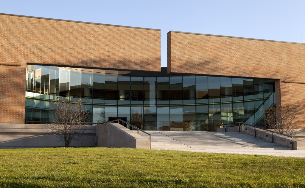 modernist city hall in columbus, indiana, designed by architecture firm SOM, now enacting furloughs
