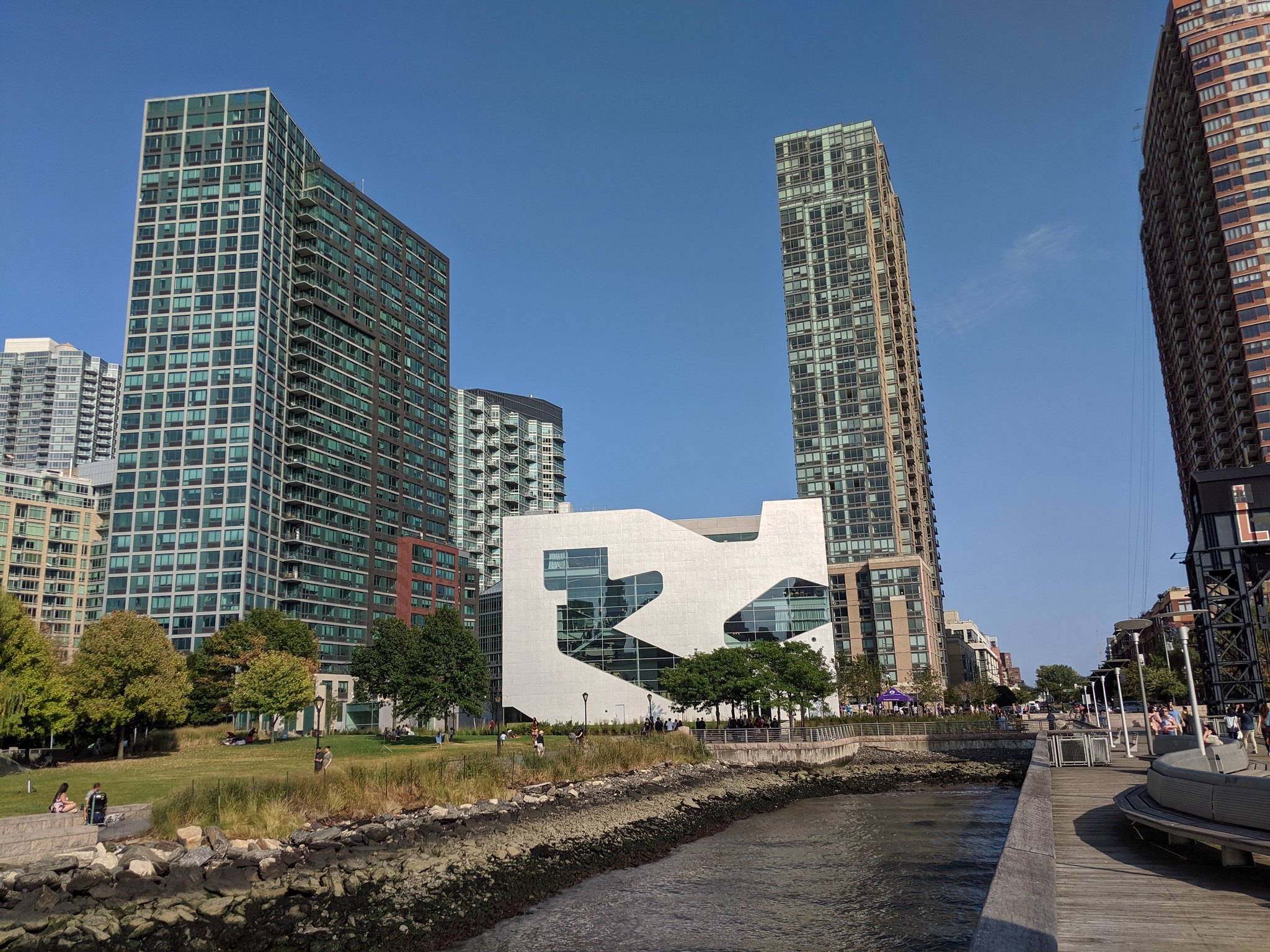 hunters point library in queens, nyc, one of the sites on tour in thedesignfestival.nyc