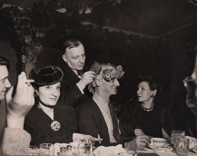 a dinner in New York late 1940s