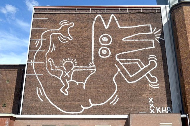 a keith haring mural in amsterdam
