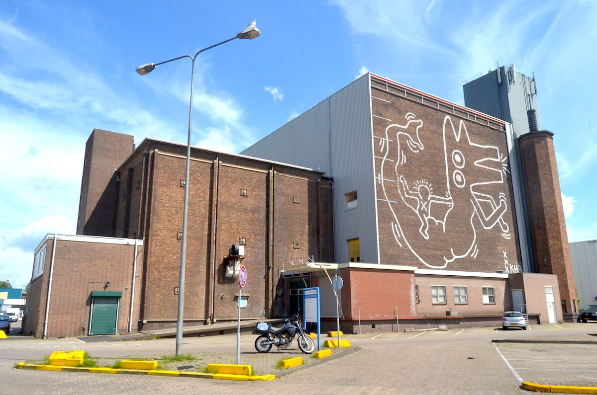 a forgotten keith haring mural in Amsterdam