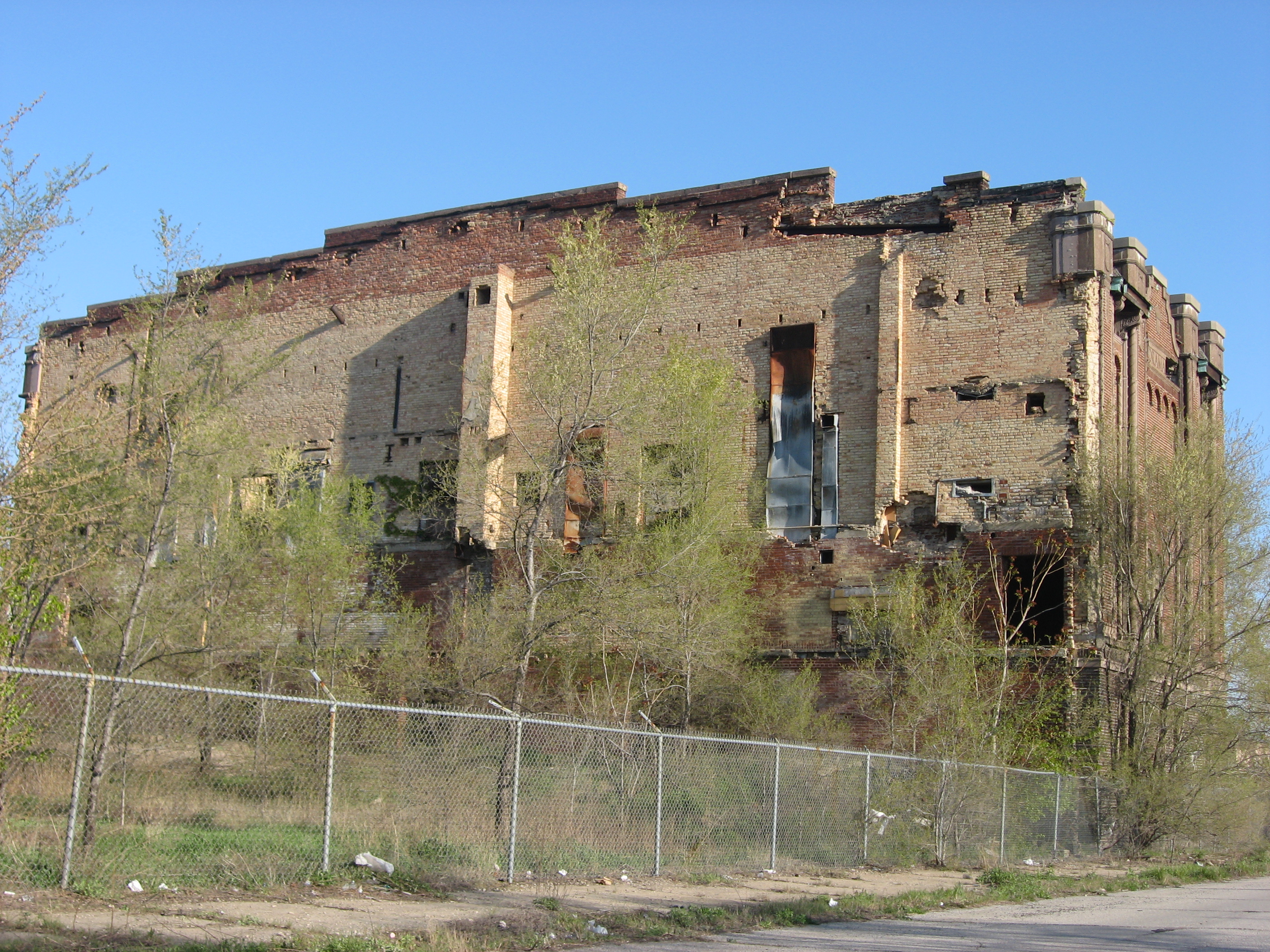 side view of abandoned building