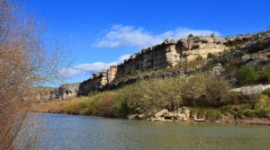 the rio grande river, possible home of a floating border wall?