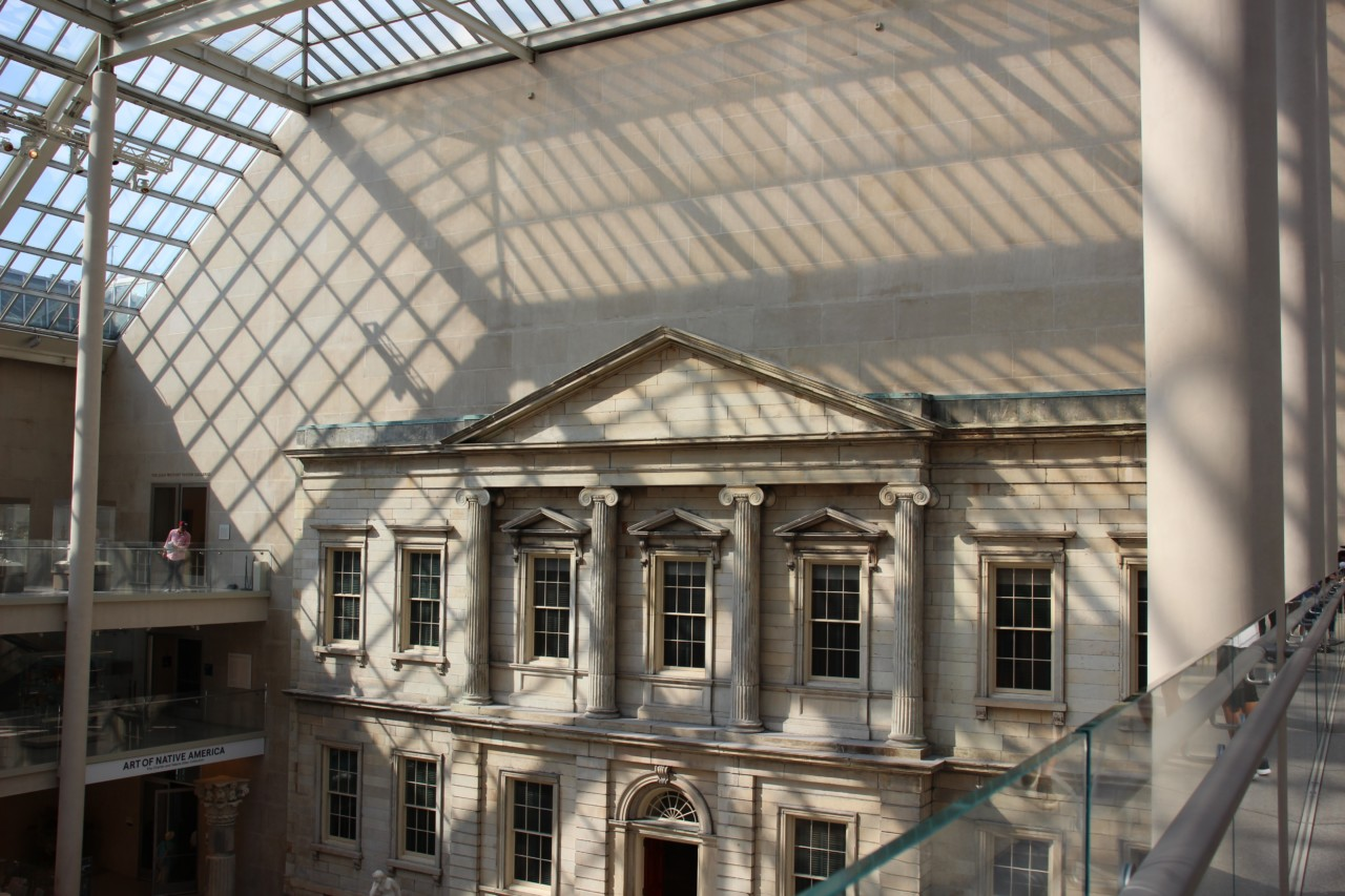 Photo of the interior of the Metropolitan Museum of Art, which Abraham Thomas will have purview over