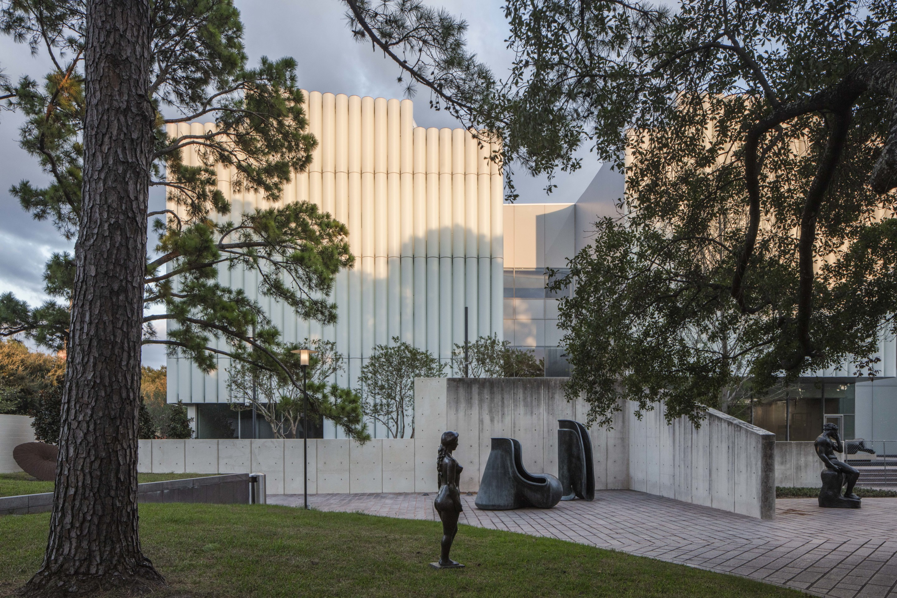 the exterior of the Kinder Building at MFAH